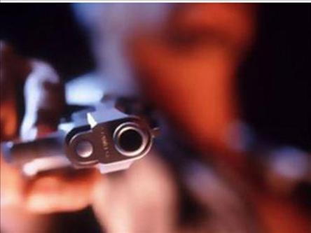 Otomabile silahlı saldırı iddiasına gözaltı