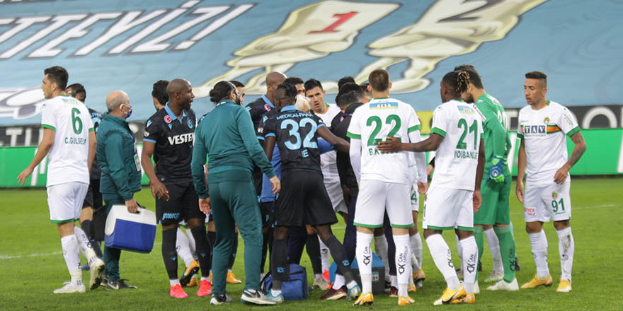 Trabzonspor kendi evinde Alanyayspor'a yenildi