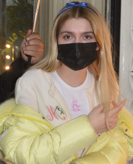 Aleyna Tilki'den yağmura 'koruma'lı önlem