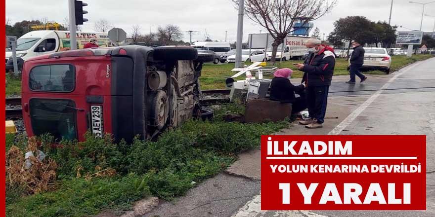 Samsun'da hafif ticari araç demir yolu kenarına devrildi: 1 yaralı