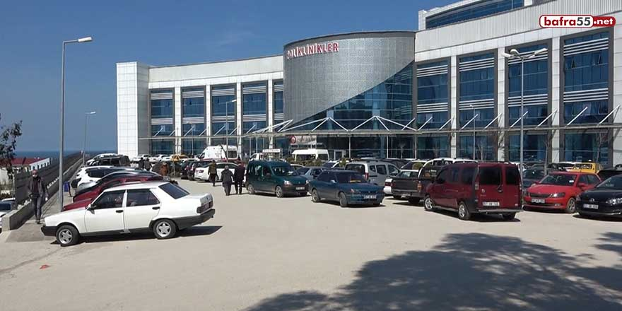 Sinop'ta sokaklar da hastaneler de yoğun