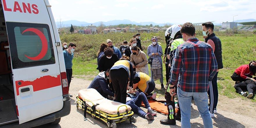 Çarşamba'da Otomobil yayaya çarptı: 1 yaralı