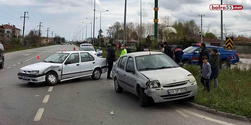 Çarşamba'da trafik kazası! 1 yaralı