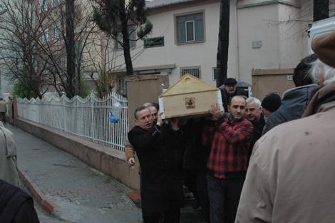 Ahmet Karaciğer vefat etti.