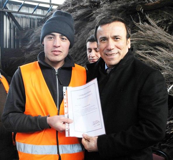 Osman Genç;Halkın hizmetkarıyız
