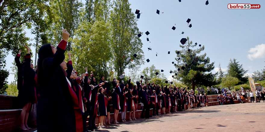 Veteriner Fakültesinin mezuniyet sevinci