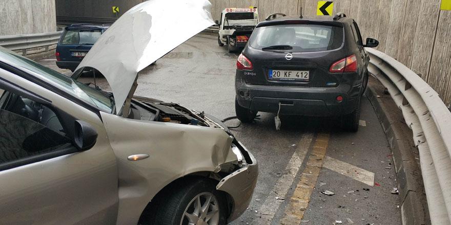 Samsun'da alt geçitte trafik kazası 2 yaralı