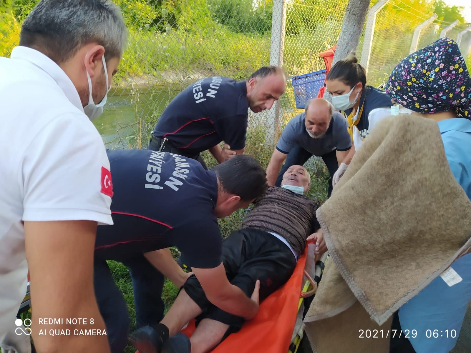 Sulama kanalına düşen adamı Bafra itfaiye ekipleri kurtardı