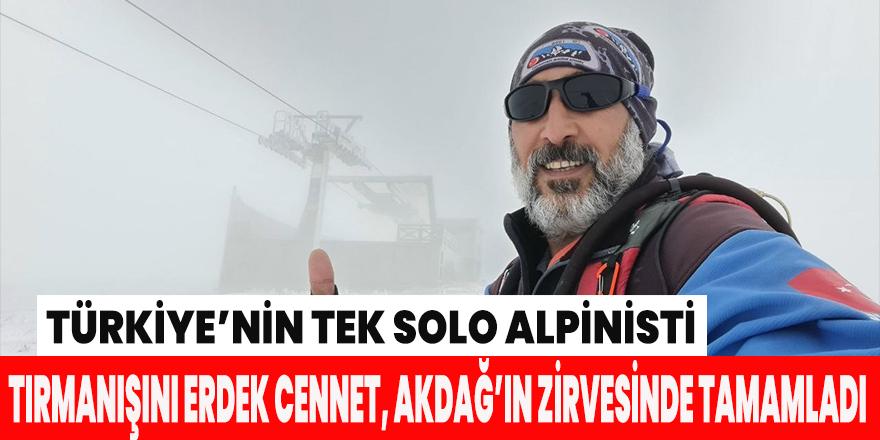 Türkiye'nin tek solo alpinisti Erdek Cennet, Akdağ'ın zirvesine tırmandı.