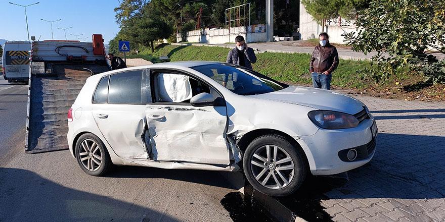 Samsun'da trafik kazasında yaralalan şahıs hastaneye kaldırıldı