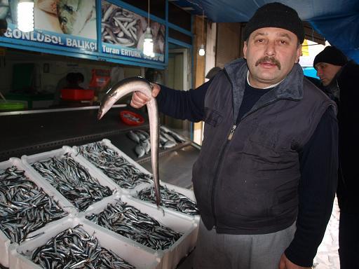 Bafralı Balıkçıların ağına Yılan Balığı takıldı