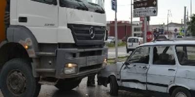 Tofaş kavşağında kaza