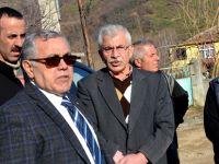 Bafra Kaymakamı Halis Arslan Ozan Mahallesinde Evi Yanan Aileyi Ziyaret Etti