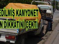 Dikkat çeken kamyonet