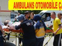 Bafra`da ambulans ile otomobil çarpıştı