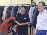 Başkan Şahin sosyal marketi ziyaret etti
