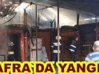 Bafra`da depoda çıkan yangın korkuttu