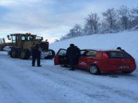 Öğretmenlerin kar ile mücadelesi