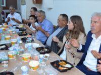 Başkan Uyar İftar 'da Alaçamlı Hemşehirleri İle Bir Araya Geldi