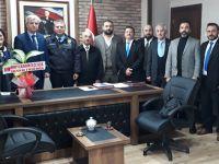 MHP İlkadım İlçe Teşkilatı, ilçe emniyet müdürü Ahmet Yöntem'i ziyaret etti.