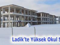 Ladik'te Yüksek Okul Sevinci