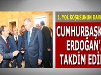 Koşunun Davetiyesini Cumhurbaşkanı Erdoğan'a Takdim Edildi