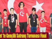 Lovelet Outlet 'te Gençlik Satranç Turnuvası Final