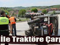 Tır İle Traktöre Çarptı