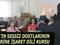 KUR'AN'IN SESSİZ DOSTLARININ AİLELERİNE İŞARET DİLİ KURSU