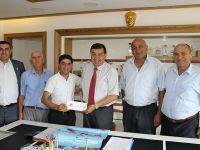Arnavutköy Dernek Üyeleri Başkan İkiz'İ Ziyaret Etti