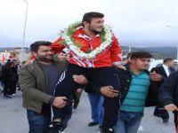 Yakakentli Güreşci Balkan Şampiyonu Oldu
