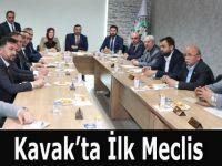KAVAK'TA İLK MECLİS