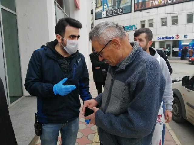 Bafra Polisinin 65 Yaş Üstü Mesaisi