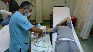 acemi-kasaplar-hastaneye-akin-etti-21.jpg