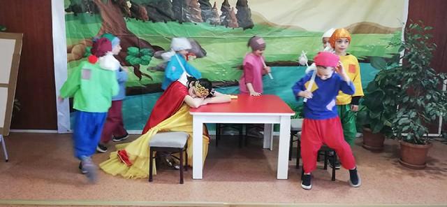 ailemle-iste-oyun-sergisi-murat-percin-okulu.jpg Bafradan Haber