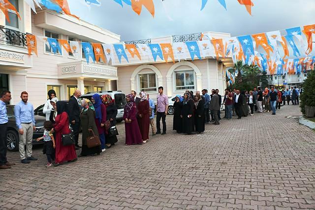 ak-parti-iftar-yemegi2.jpg