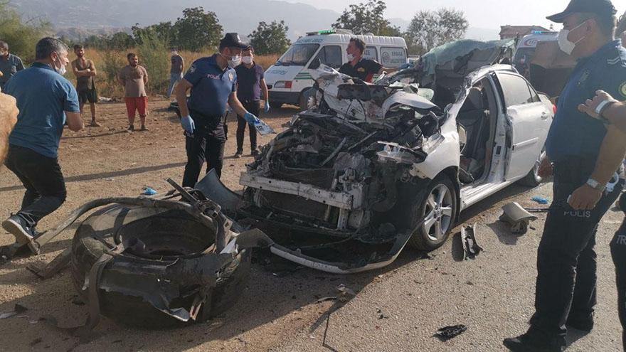 askeri-personel-ve-esi-kazada-oldu-2.jpg