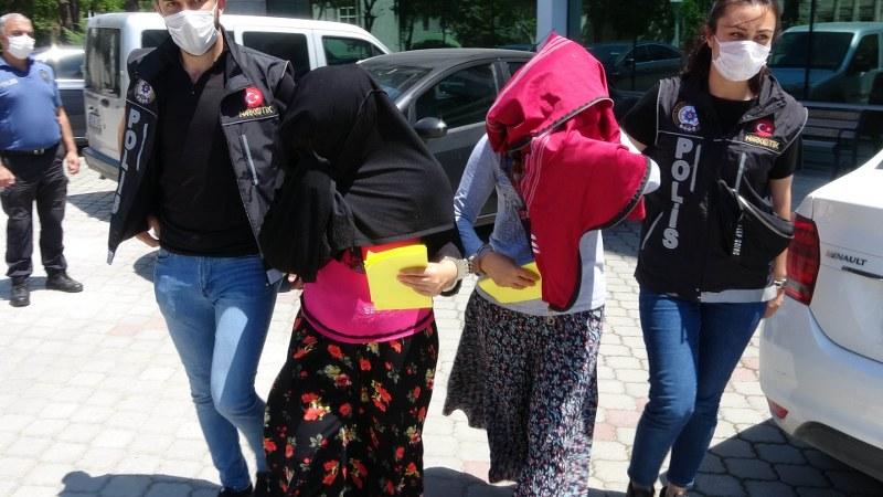 Amca kızları uyuşturucu ticaretinden tutuklandı
