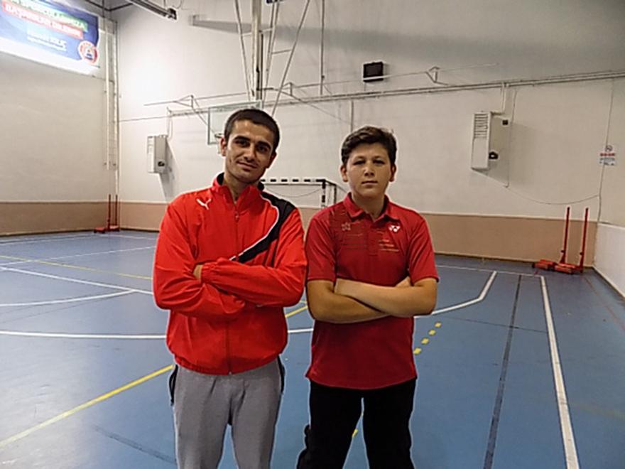 bafra-badminton-ihtisas-genclik-kulubu-turkiye-sampiyonasi-na-hazirlaniyor-2.jpg