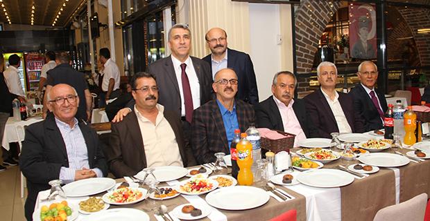 bafra-turk-hava-kurumu-subesi-iftar-yemeginde-bulustu-5.jpg