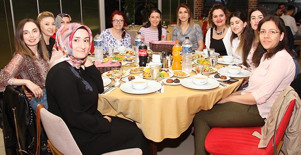 bafra-turk-hava-kurumu-subesi-iftar-yemeginde-bulustu-6.jpg