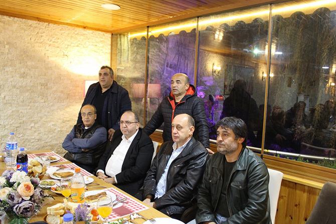bafra-veteranlar-aksam-yemeginde-bulustu4.jpg