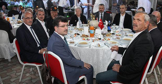bafra-ziraat-odasi-iftar-yemegi-1.jpg