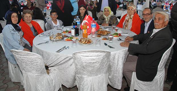 bafra-ziraat-odasi-iftar-yemegi-11.jpg