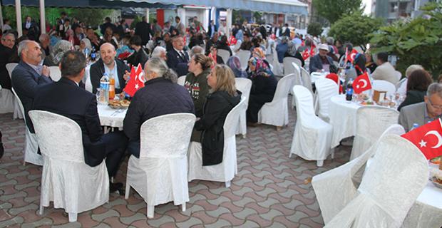 bafra-ziraat-odasi-iftar-yemegi-9.jpg