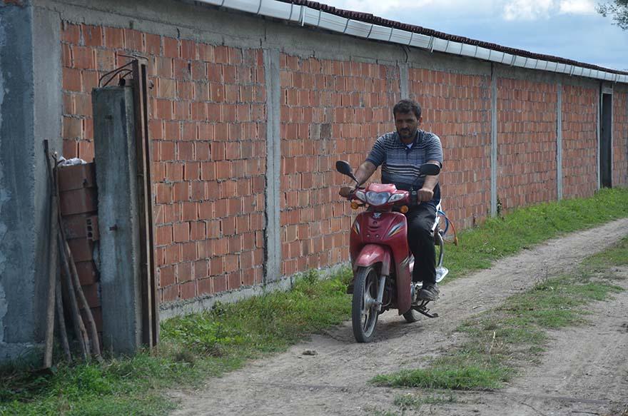 bafrada-10-yil-once-calinan-motosikleti-kazaya-karisinca-bulundu-1.jpg