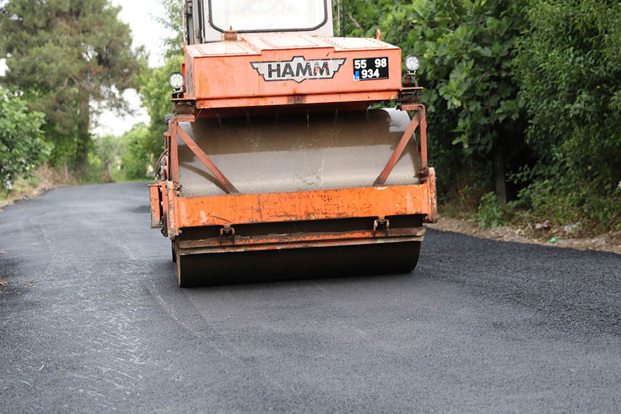 bafrada-asfalt-calismalari-hizlandi-4.jpg