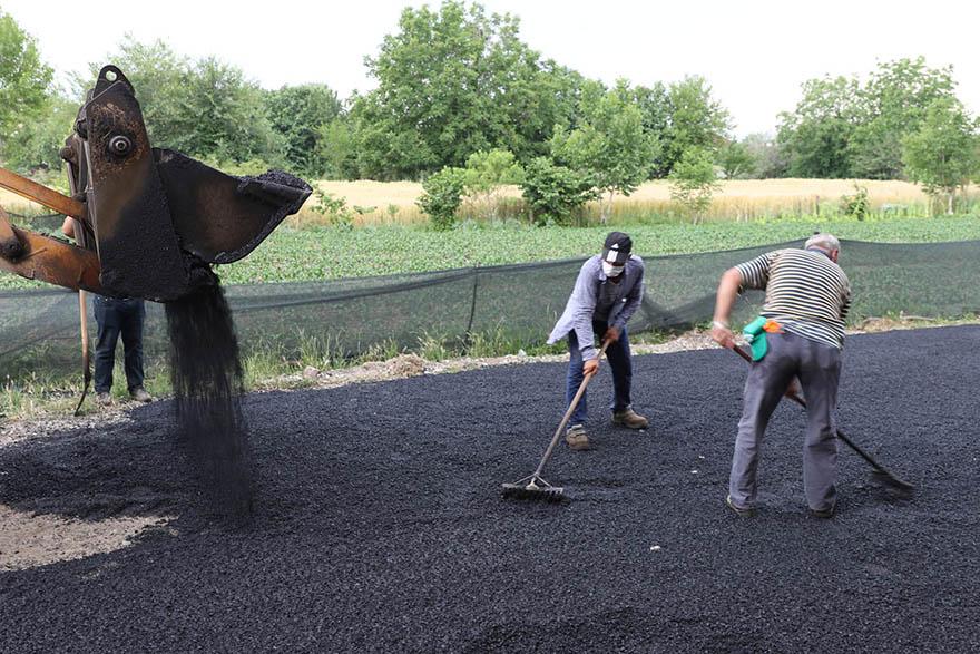 bafrada-asfalt-calismalari-hizlandi-6.jpg