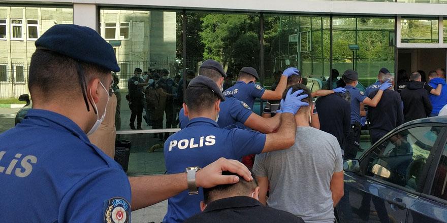 bafrada-ki-safak-operasyonunda-6-tutuklama1.jpg