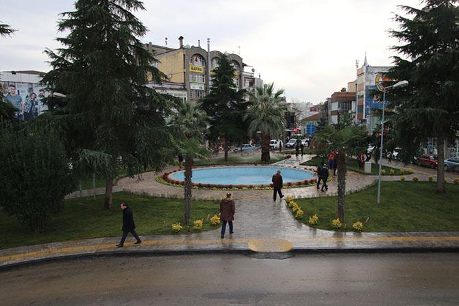 bafrali-meydani-cok-begendi-001.jpg
